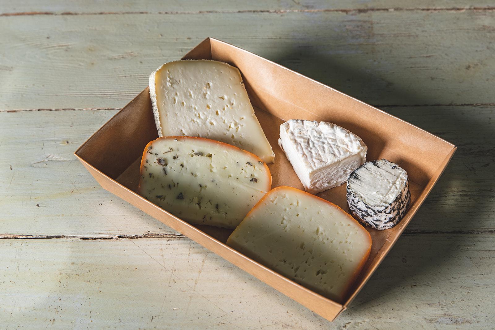 מגש גבינות זוגי