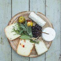 מגש גבינות עגול ל-6-8 סועדים
