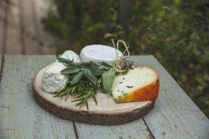 מגש גבינות עגול ל-3-5 סועדים