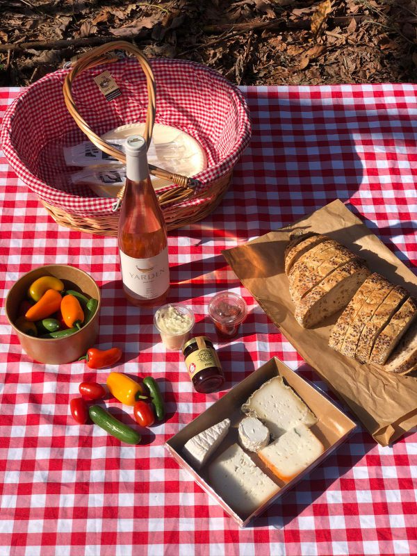 Open Picnic Basket with Yarden Rosé for two